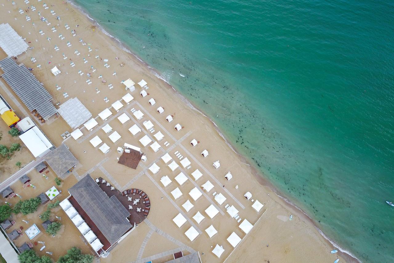 Пустые пляжи Крыма с квадрокоптера