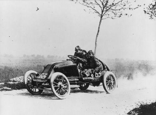 Как в 20 веке фотографировали движущиеся автомобили!?(5 фото)