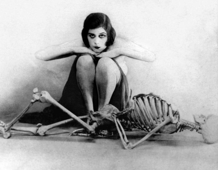 Femme fatale: от Лилит до Лолиты