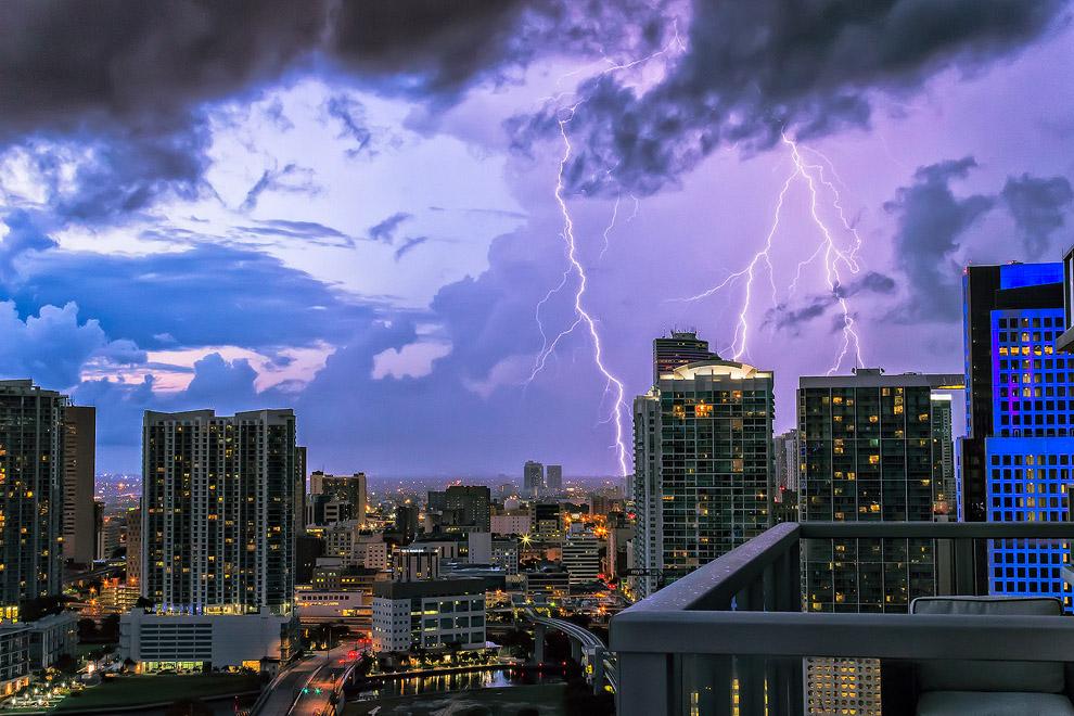 thunders10 Молнии над Майами