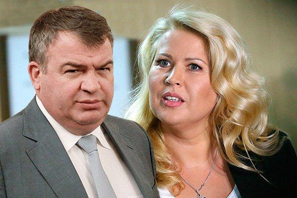 «Будут воровать вдвараза больше». Свадьбу Сердюкова иВасильевой обсудили вСети