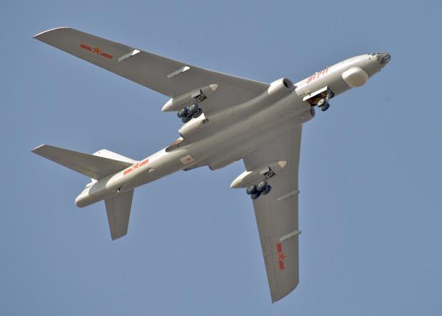 Китай вооружился новыми самолетами радиоэлектронной борьбы