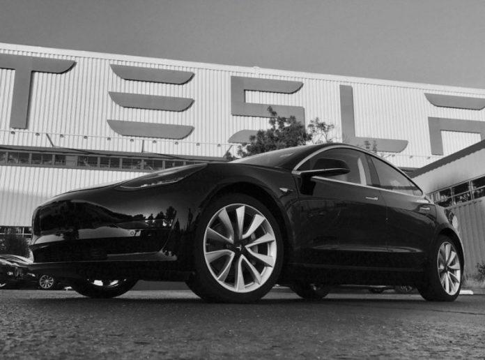 Американцы отказываются от электромобилей Tesla