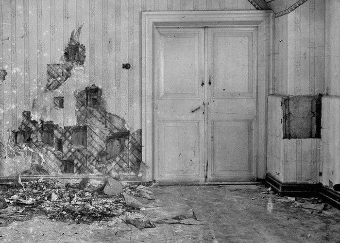 Место расстрела царской семьи в Ипатьевском доме./ Фото: fanpop.com