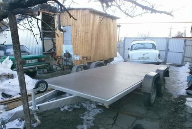 Мужчина из Воронежа построил дом на колесах, чтобы жить около озера