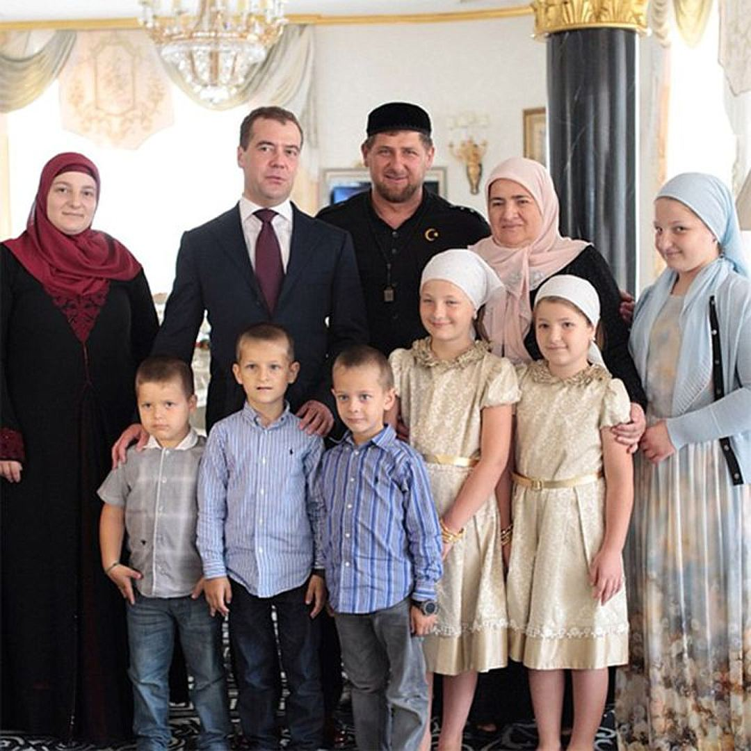 Кадыров: регистрация брака в загсе разрушает семью