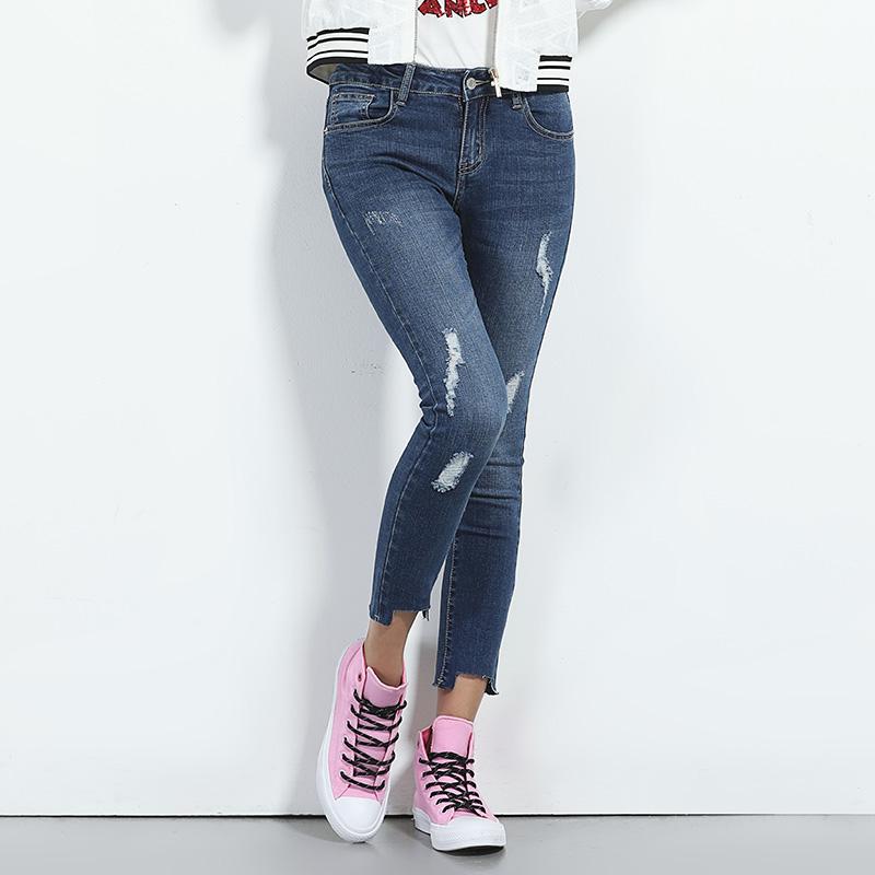 5 стильных видов джинс, которые не выходят из моды