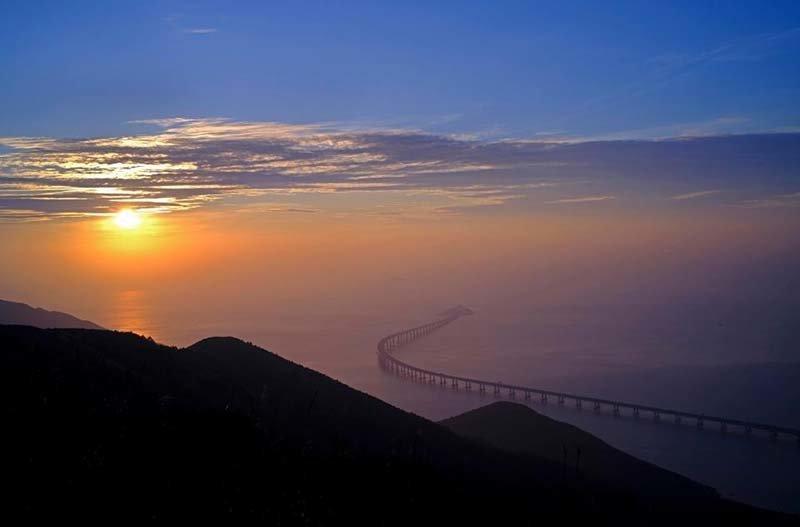 Гонконг и Макао связали новым мостом протяжённостью 55 км