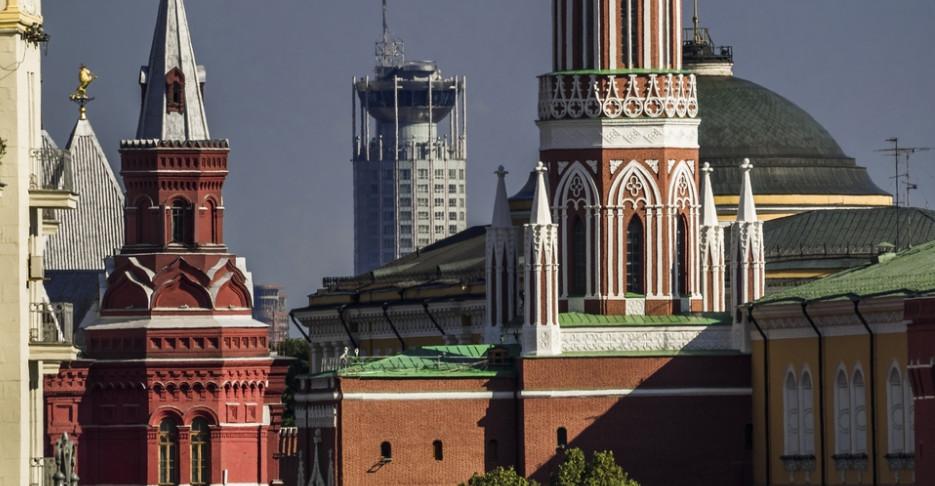 Запад предлагает России отказаться от своей армии и земли за «безвиз»