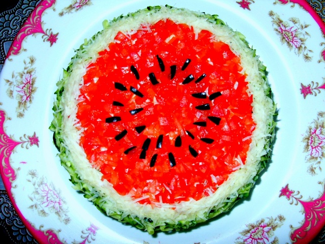 Рецепт салата в виде арбуза