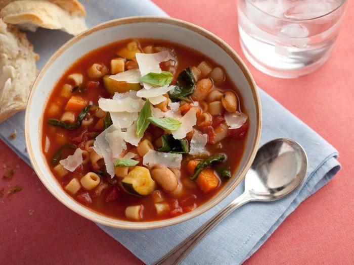 Итальянский суп.  Фото: 1000.menu.