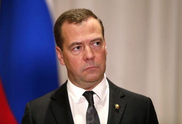 Медведев пообещал аграриям компенсации потерь отроста цен наГСМ