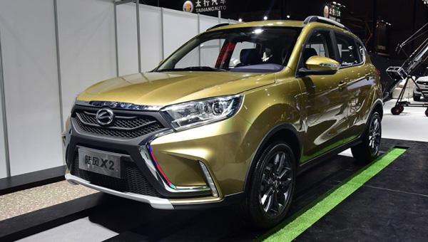 Китайский клон Lada Xray представлен официально