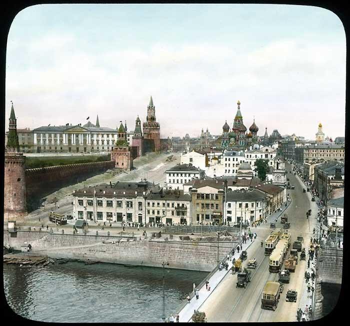Уникальная коллекция: 25 цветных фотографий Москвы и москвичей 1931 года