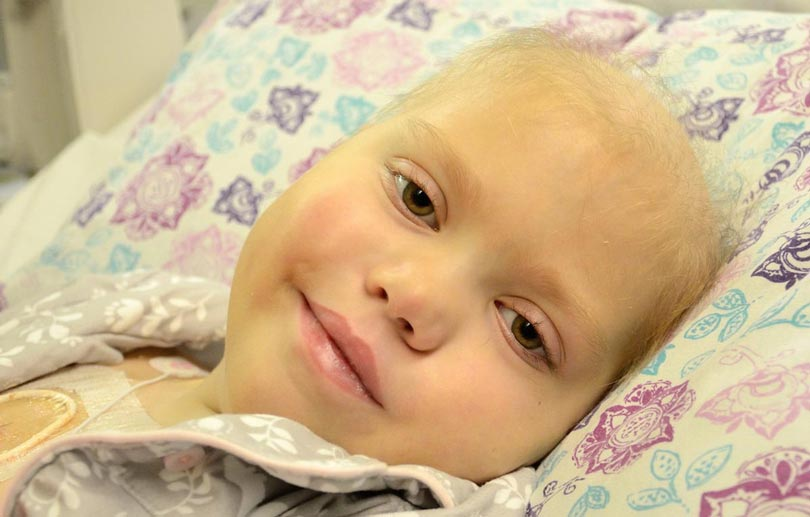 Картинки по запросу child in hospital bed with cancer