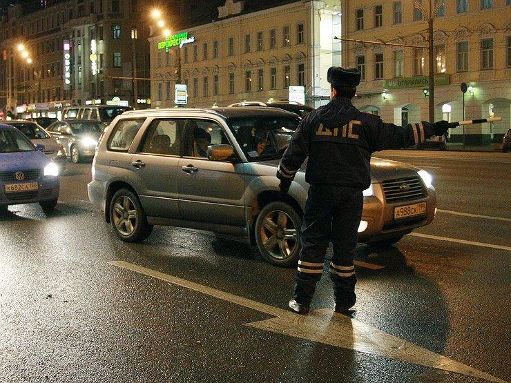 C 1 декабря ГИБДД объявила охоту на водителей авто с шипованными шинами