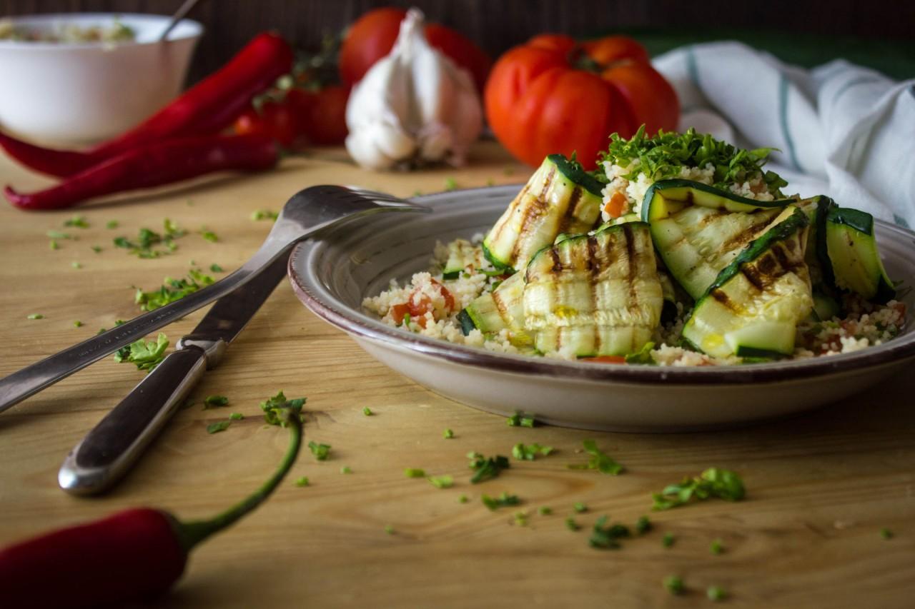 Едим салаты: 4 рецепта для здорового ужина