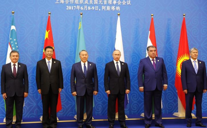 Пока дрались в G7, Путин отп…