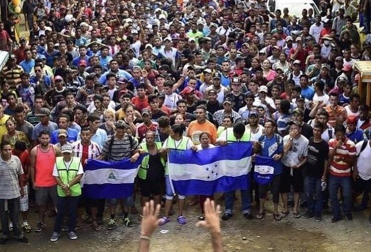 Мигрантов, с которыми собирается воевать Трамп, финансирует… Джордж Сорос?