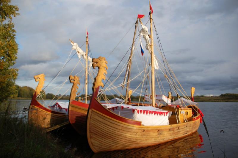 лодка на старославянском