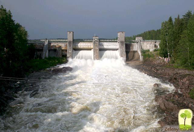 Завораживающий водопад Иматранкоски на плотине в Иматре, Финляндия - 10