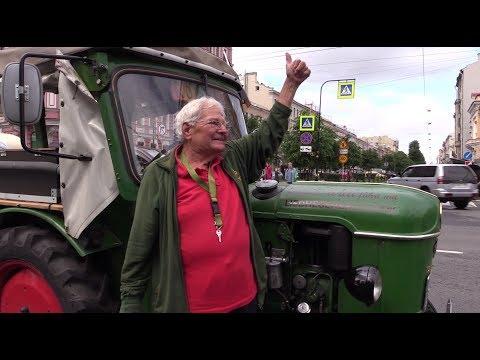 81-летний немец полтора месяца ехал в Петербург на тракторе