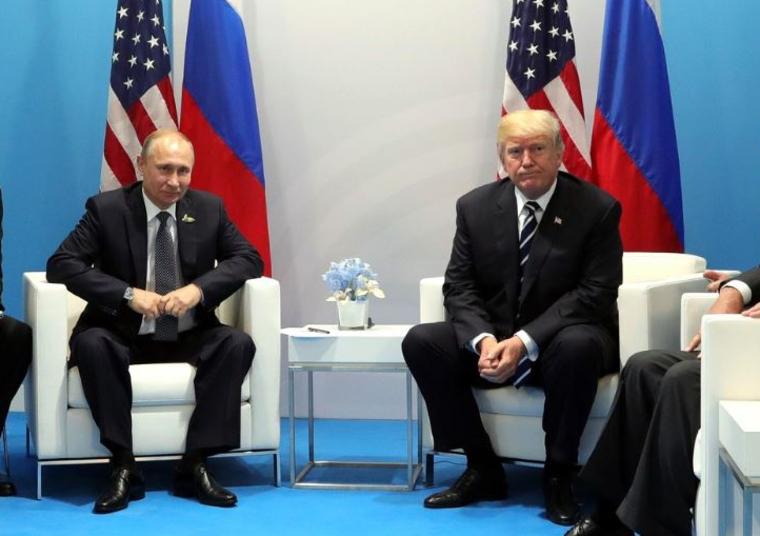 Маккейн набросился на Трампа за поздравление Путина с победой на выборах