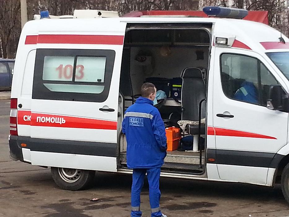 Подростки в Петербурге случа…