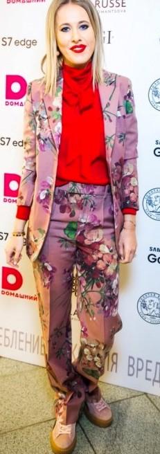 Как выглядели звезды российского шоу-бизнеса на модном показе новой коллекции Анастасии Романцовой
