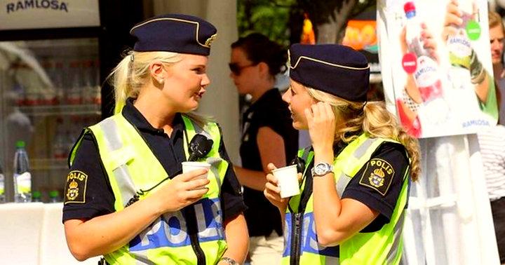 «Уже не удивляет, что мигранты захватывают ЕС» - Иностранцы сравнили российскую и шведскую полиции