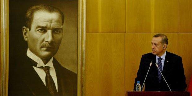 Эрдоган обвинил США в поддержке ИГИЛ