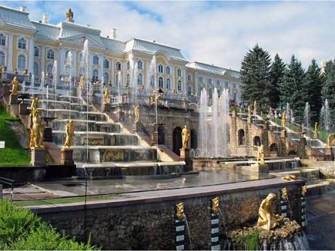Россию включили в десятку самых популярных у путешественников стран