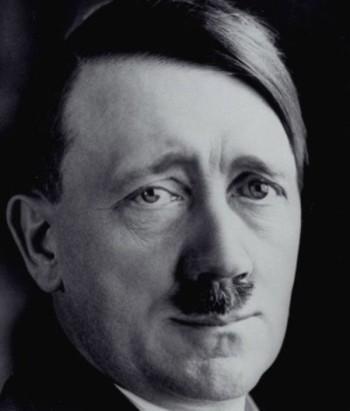 «МегаФон» случайно поздравил Гитлера с днём рождения во «ВКонтакте»
