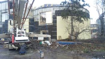 Крыша строящегося пивзавода рухнула в Курске
