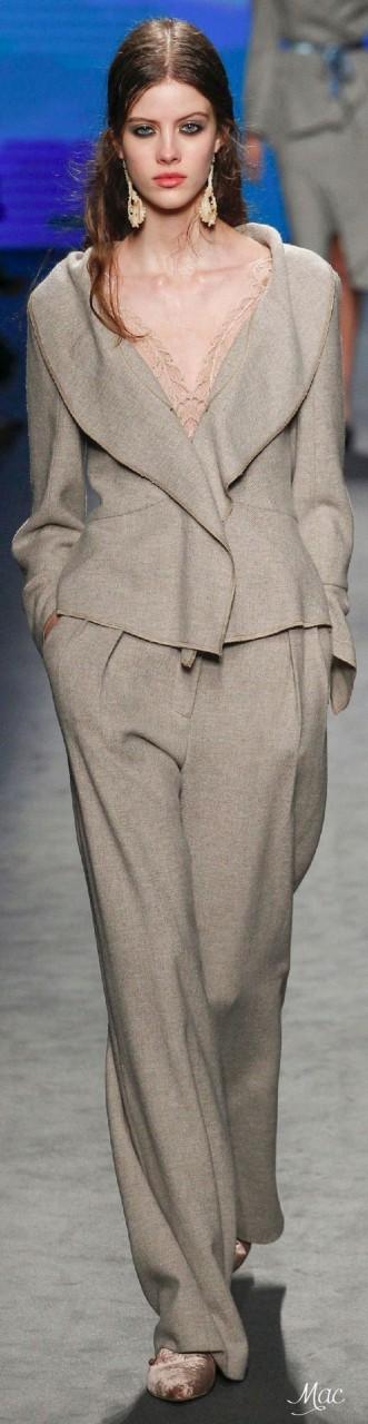 Стильная одежда и аксессуары из льна