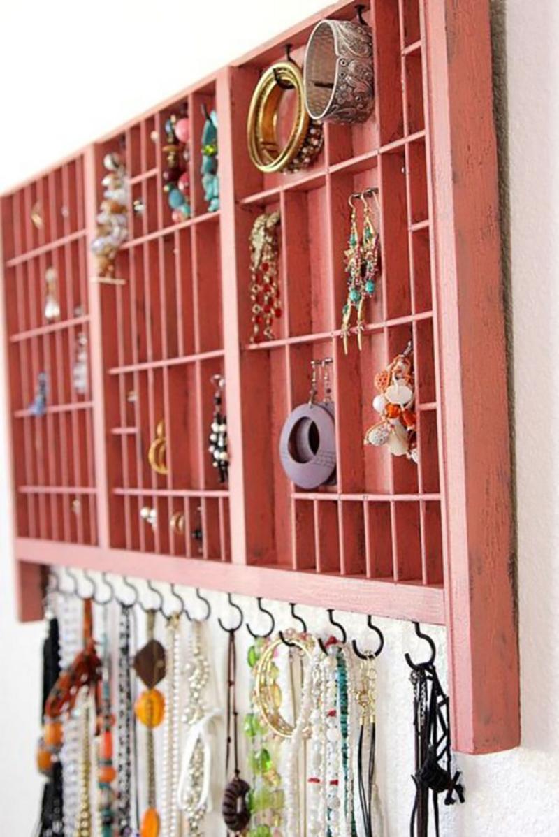стенды для хранения украшений