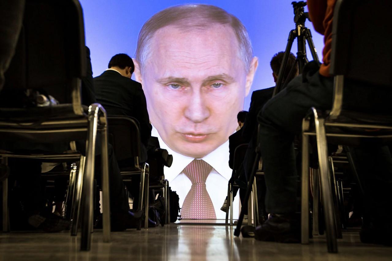 Не находите ли вы, граждане, что в России слишком много матерятся?