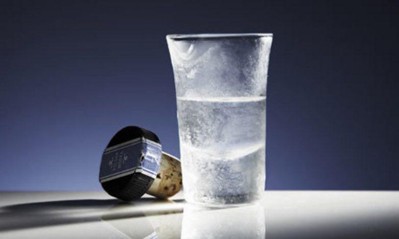 Как правильно пить и закусывать водку