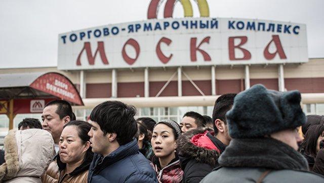 """Более 250 мигрантов были задержаны за драку у ТЦ """"Москва"""""""