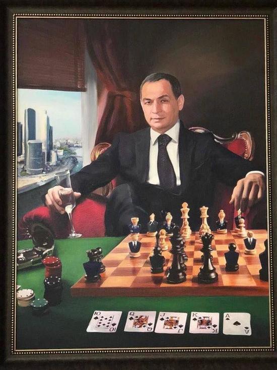 Даунсвинг: Портрет, найденный у задержанного главы Серпуховского района Шестуна, поразил