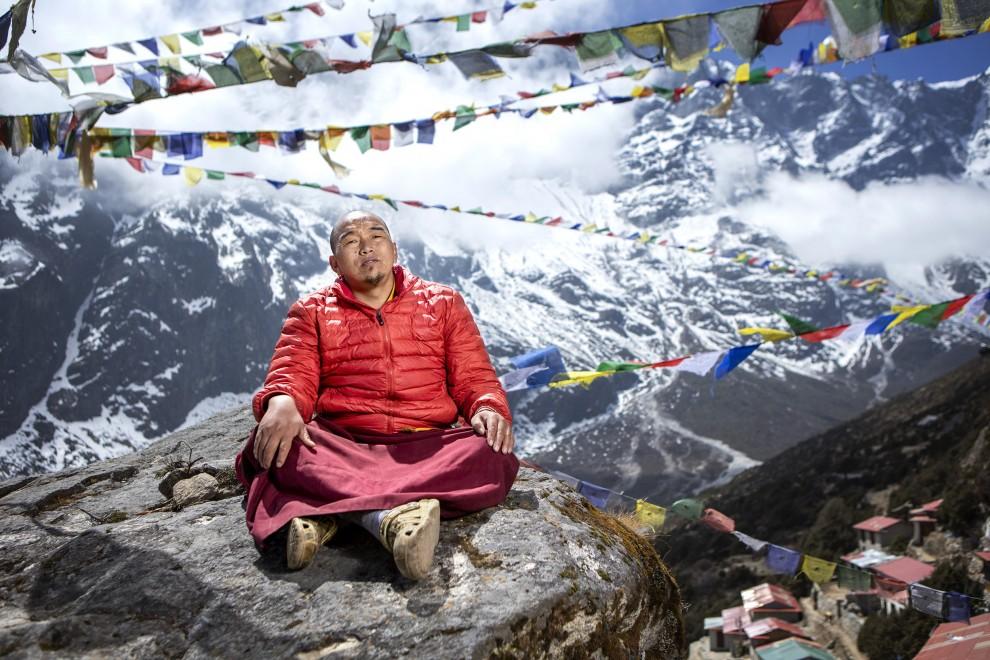 Непальские шерпы на Эвересте