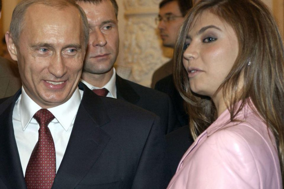 Владимир Путин и Алина Кабаева — что происходит между президентом РФ и бывшей гимнасткой