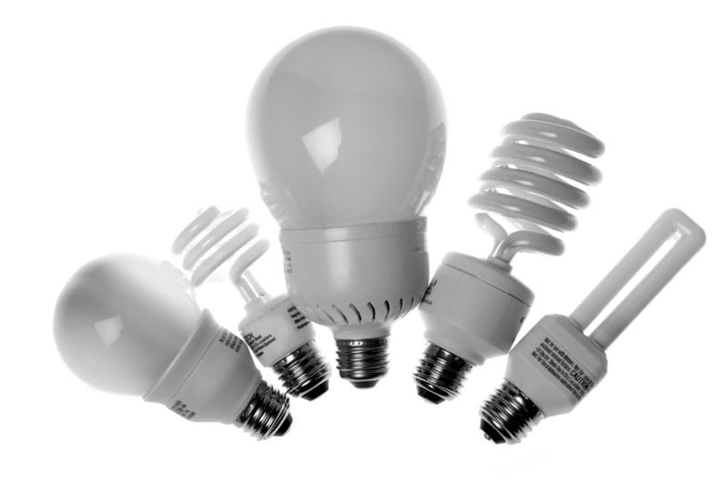 Почему вредны энергосберегающие лампы?