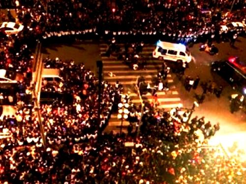 Во время новогодних гуляний в Шанхае жажда денег погубила более 40 человек!