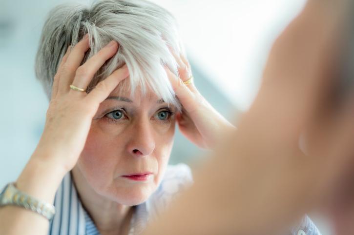 Почему люди седеют? Нет, стресс - не главная причина!
