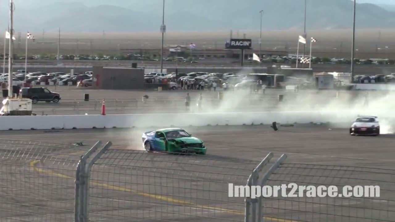 Crash Drift 2010 Mustang vs 350z