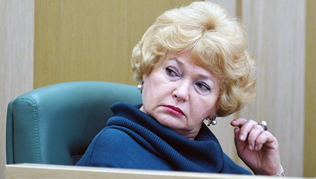 """""""Такого ни у каких дикарей нет"""": Нарусова призвала захоронить Ленина"""