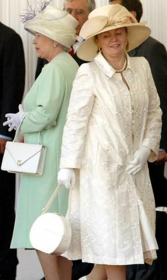 От Нины Хрущевой до наших дней — модные ляпы первых леди, вошедшие в историю