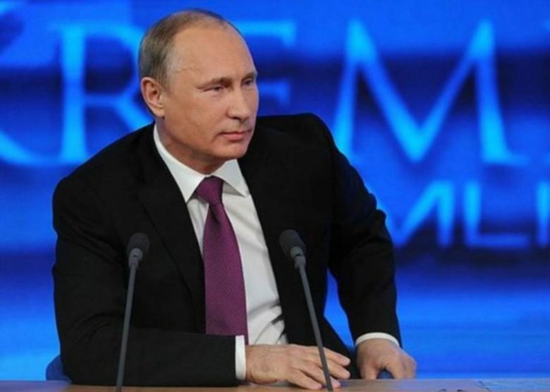 Путин ответил простому водиле, почему подорожал бензин