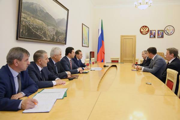 Артём Здунов встретился с заместителем Председателя Банка России